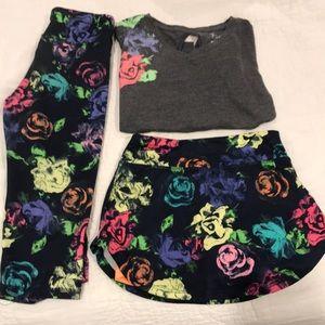 Girls floral active wear set!